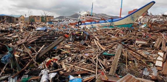 סופת סופר טייפון בפיליפינים / צילום: רויטרס