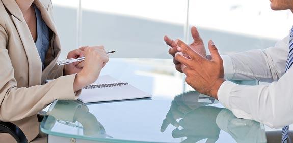 מי מנהל משא ומתן / צילום: shutterstock