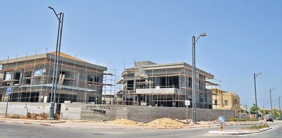 """התחלת בנייה בראשל""""צ / צילום: תמר מצפי"""