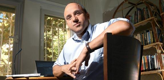 """ד""""ר ג'ונתן ספייר / צילום: איל יצהר"""