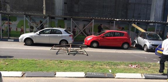תאונה באתר בניה של חג'ג ברחוב הארבעה בתל אביב / צילום מסך