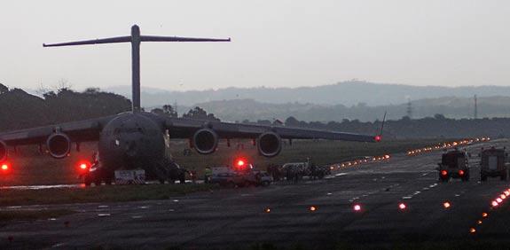 שדה התעופה בפקיסטן - בנזיר בוטו / צילום: רויטרס
