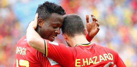 אוריגי ואדן הזאר חוגגים שער לנבחרת בלגיה מול רוסיה / צילום: רויטרס