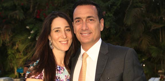 מתיו ברונפמן ואשתו /  צלם: פאביאן קולדרוף