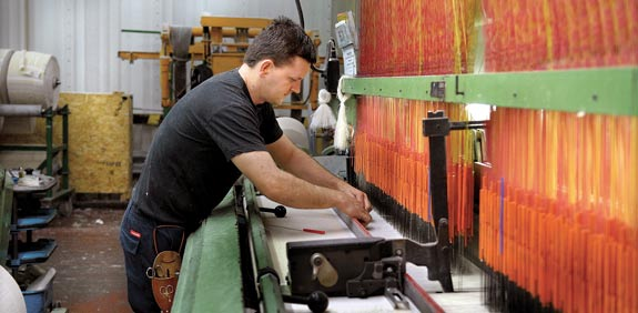 מפעל טקסטיל בערד / צילום: איל יצהר