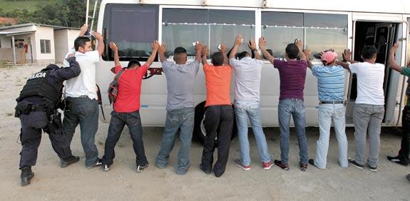 מהגרים מהונדורס  / צילום: רויטרס