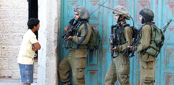 """חיילי צה""""ל / צילום: רויטרס"""