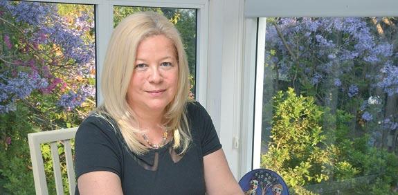 הסופרת יהודית קציר / צילום: תמר מצפי