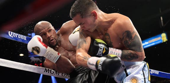 קרב אגרוף של פלויד מייוודר מול מרקוס מאידאנה / צלם: רויטרס