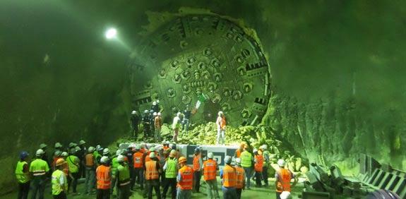 פריצת מנהרה / צילום: רכבת ישראל