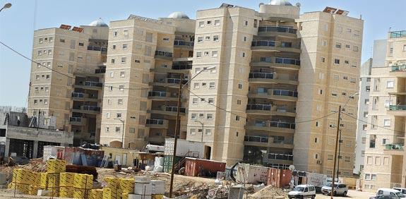 בנייה בבאר שבע / צילום: תמר מצפי