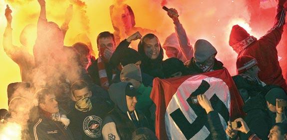 הפגנת ימין קיצוני במזרח אירופה / צילום: רויטרס