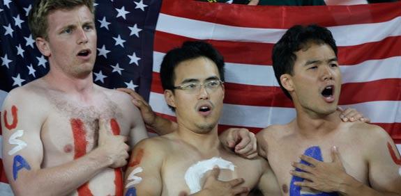 """אוהדי נבחרת ארה""""ב בכדורגל / צלם: רויטרס"""
