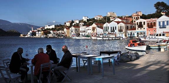 בית קפה באתונה / צילום: רויטרס