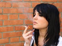 עישון סיגריה  / צלם: טינקסטוק