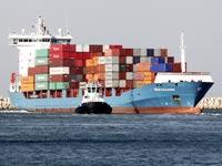 סחורה סחורות ספינה יבוא יצוא / צלם:   בלומברג