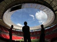 אצטדיון נבנה בברזיל לקראת מונדיאל 2014 / צלם: רויטרס