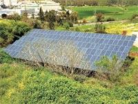 מערכת סולארית / צילום: איל יצהר
