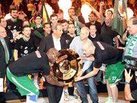 מכבי חיפה זוכה באליפות ליגת העל בכדורסל 2013 / צלם: מינהלת הליגה