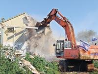 הריסת בתים לקראת פינוי בינוי / צילום: תמר מצפי