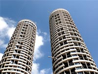 דירה במגדלי Yoo / צילום: איל יצהר