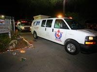 """אמבולנס של זקא עם גופות החטופים  / צילום: אסף ברזינגר לוגסי - זק""""א ת""""א"""