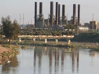 תחנת הכוח בעזה / צילום: רויטרס