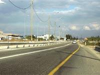 תאורה בכביש בינעירוני / צילום: תמר מצפי