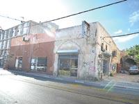 """הבניין לשימור ברחוב אילת בת""""א / צילום: תמר מצפי"""