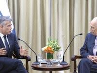 """שמעון פרס ויאיר לפיד / צילום: מארק ניימן לע""""מ"""