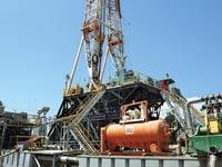 קידוח נפט באשדוד / צילום: איל יצהר