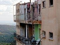 """מתוך התערוכה """"Destroyed"""" בבית האמנים  / צילום: אדוה נעמה ברעם"""