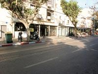 חנויות נטשות בתל אביב / צילום: מאיר יניב