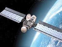 לווין על רקע כדור הארץ / צילום:  Shutterstock/ א.ס.א.פ קרייטיב