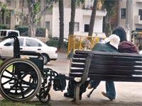 קשישים סיעודיים / צילום: תמר מצפי