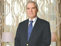עורך הדין סנדי פרנקל  / צילום: איל יצהר