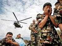חילוצים בנפאל / צילום: רויטרס