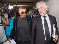 אלי טביב עם פרקליטו ציון אמיר / צלם: אלון רון