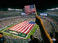 שחקני NFL נותנים כבוד לקורבנות 9/11 / צילום: רויטרס