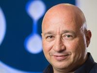 קובי פז מנהל החטיבה העסקית בבזק / צילום:  גלעד קוולרציק