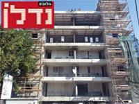 """בניין בשיפוץ לפי תמ""""א 38 / צילום: תמר מצפי"""