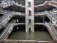 """מרכז קניות נטוש בארה""""ב / צילום: רויטרס"""