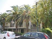דירה בת 4 חדרים , בתל אביב, ברחוב דובנוב / צילום: תמר מצפי