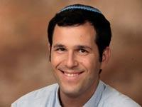 """תמונה של  ד""""ר צוריאל ראשי  מבית הספר לתקשורת באוניברסיטת בר- אילן/ צילום: יחצ"""