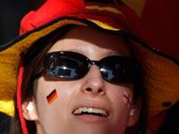 אוהדת ספורט בברלין / צילום: רויטרס