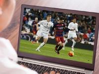 כדורגל במחשב נייד / צלם: שאטרסטוק ורויטרס
