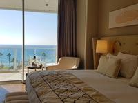 חדר במלון דוד טאואר, נתניה/ צילום: ספיר פרץ זילברמן