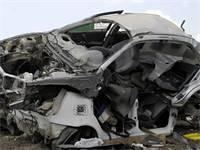 מכונית אחרי תאונה (צילום: תמר מצפי)