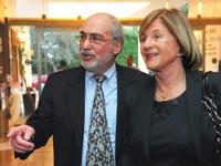 אשר גרוניס ורעייתו רנה משל / צילום: ראובן קסטרו, וואלה! NEWS