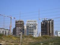 בנייה ליד שדה דב / צילום: תמר מצפי